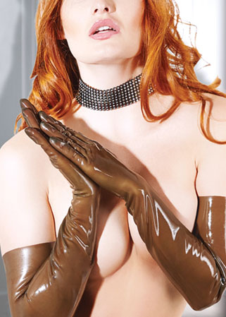 Gants en latex marron translucide spécial fist-fucking anal