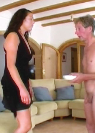 One tough bitch DVD Homme humilié par une fille dominatrice