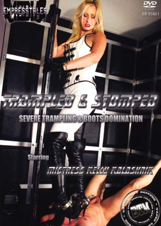 Trampled and stomped - Hommes pi�tin�s par une Ma�tresse SM